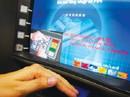 Người khiếm thị mở thẻ ngân hàng có cần người giám hộ?
