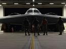 Ông Donald Trump sắp đến châu Á, máy bay B-2 tái xuất