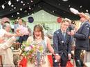 Xúc động trước lễ cưới của cặp đôi mắc hội chứng down