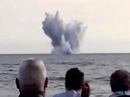 Hàng ngàn người sững sờ nhìn máy bay lao xuống biển