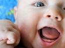 Sao bé mãi không mọc răng, không ăn được cơm?