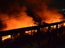 Công ty dệt may ở quận Tân Phú, TP HCM bốc cháy dữ dội