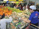 Tết vẹn tròn nhờ siêu thị Việt