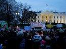 Ông Trump kháng phán quyết chặn sắc lệnh cấm nhập cư mới