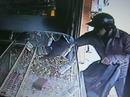 Vợ bán vàng trúng cửa hàng chồng mới trộm