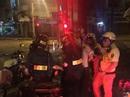 CSGT bắt 2 đối tượng đánh vào đầu phụ nữ, cướp tài sản