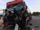 Xe khách tông xe tải, 3 người thương vong