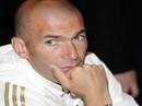 Gần 40 tuổi, Zidane cắp sách đi học