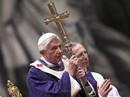 Tiết lộ động trời về lý do từ chức của Giáo hoàng
