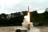 Hàn Quốc chi hàng tỉ USD mua tên lửa
