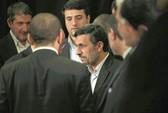 """Tổng thống Iran """"mất dần quyền lực"""""""