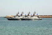 Iran xây căn cứ hải quân tại eo biển Hormuz