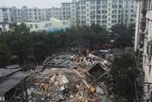 Trung Quốc: Tòa nhà 5 tầng bất ngờ đổ sập