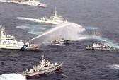 """Tàu Đài """"đuổi"""" tàu Trung Quốc khỏi trận chiến vòi rồng"""
