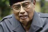 """Malaysia bắt giữ cháu trai """"Quốc vương"""" Jamalul Kiram"""