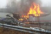 Mỹ: 95 xe tông liên hoàn, 3 người chết