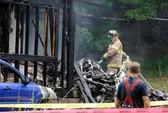 Mỹ: Máy bay lao vào nhà dân, 2 đứa trẻ mất tích