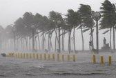 Siêu bão Utor tấn công Philippines, 45 người mất tích