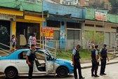 Brazil: Tội phạm phong tỏa khu ổ chuột, quyết đấu cảnh sát