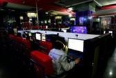 """""""Ông Obama"""" lướt web ở tiệm cà phê Internet Trung Quốc"""