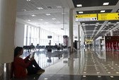 Sân bay Nga nhộn nhịp nhờ...Snowden