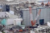 Nhật: Hơi nước bí ẩn bốc lên từ lò phản ứng bị hư do thảm họa
