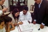 Tổng thống Venezuela chính thức có vợ