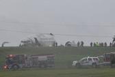 Mỹ: Máy bay lao xuống đồng cỏ, vỡ tan
