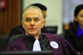 Trưởng công tố tòa án xét xử tội ác Khmer Đỏ từ chức