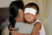 Trung Quốc: Hy vọng mới cho cậu bé bị móc mắt