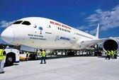 """""""Giấc mơ bay"""" Boeing 787 văng mất vỏ khi bay"""