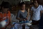 Cuộc sống ngắn ngủi của bé 3 ngày tuổi sau bão Haiyan