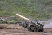Campuchia tập trận bắn đạn thật