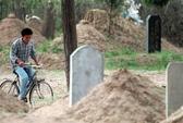 Trung Quốc: Dân phẫn nộ vì chính quyền đào mộ, đốt xác