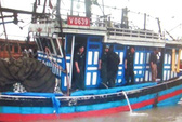 Cứu sống 4 thuyền viên trôi dạt trên biển