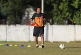 HLV Hoàng Văn Phúc miễn cưỡng ở lại thêm 3 tháng