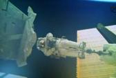 Phi hành gia ISS ra ngoài trong đêm Giáng sinh