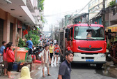 TP HCM: Bà hỏa thiêu rụi kho hàng