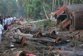 Thảm kịch tàu hỏa bị sóng thần quật trúng 10 năm trước
