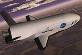 UAV bí ẩn X-37B phá kỷ lục