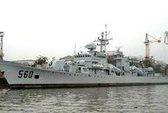 Tàu chiến Trung Quốc bị máy bay bí ẩn theo dõi