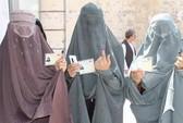Afghanistan: 11 người bị chặt đứt ngón trỏ vì bầu cử