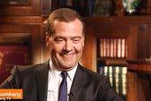 """Thủ tướng Medvedev """"chê bai"""" Tổng thống Mỹ Obama"""