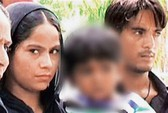 Ấn Độ: Bé gái 3 tuổi bị bắt vì... cướp có vũ trang