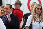 """""""Mệnh phụ trắng"""" của ông Berlusconi đối mặt án chung thân"""