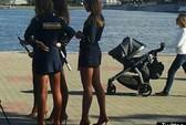 Nga cấm nữ cảnh sát mặc váy siêu ngắn