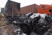 Xe container bốc cháy ngùn ngụt trên quốc lộ