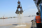 Sông Đồng Nai bị ngoạm sâu