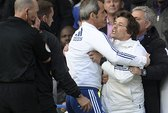 "Thua sốc, Mourinho ""làm giặc"""