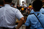 Người biểu tình Hồng Kông không lùi bước